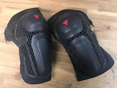 Dainese Enduro Knee Guards